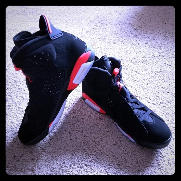 340cc19b1 Men s Nike Air Jordan Retro 6 Shoes - NEW